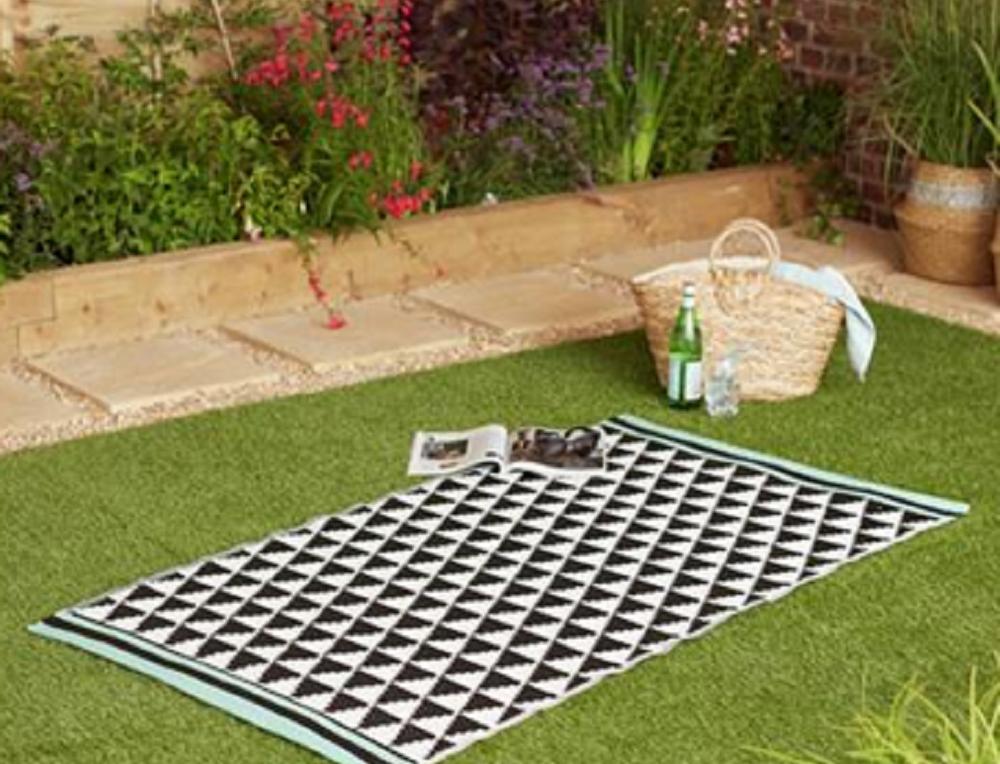rugs textile Faze three India Ltd
