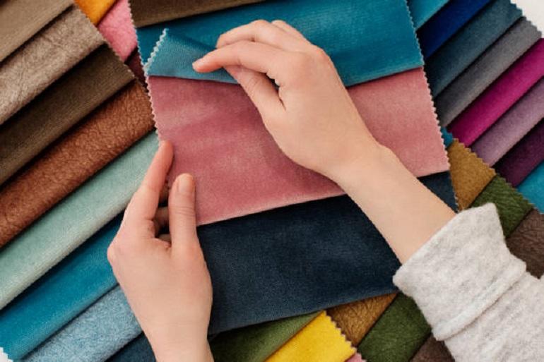 Textile Vs fabric